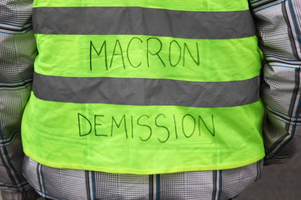 'Yellow Vests' Warn Macron of Greater Violence in Paris