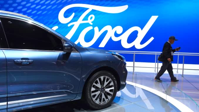 Million Vehicles From Ford Due to Faulty Airbags